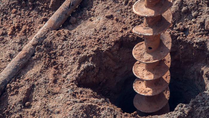 Bohrung nach Grundwasser, kann Nebenwirkungen haben