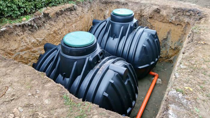 Regenwassernutzung - Wasser sammeln in der Zisterne